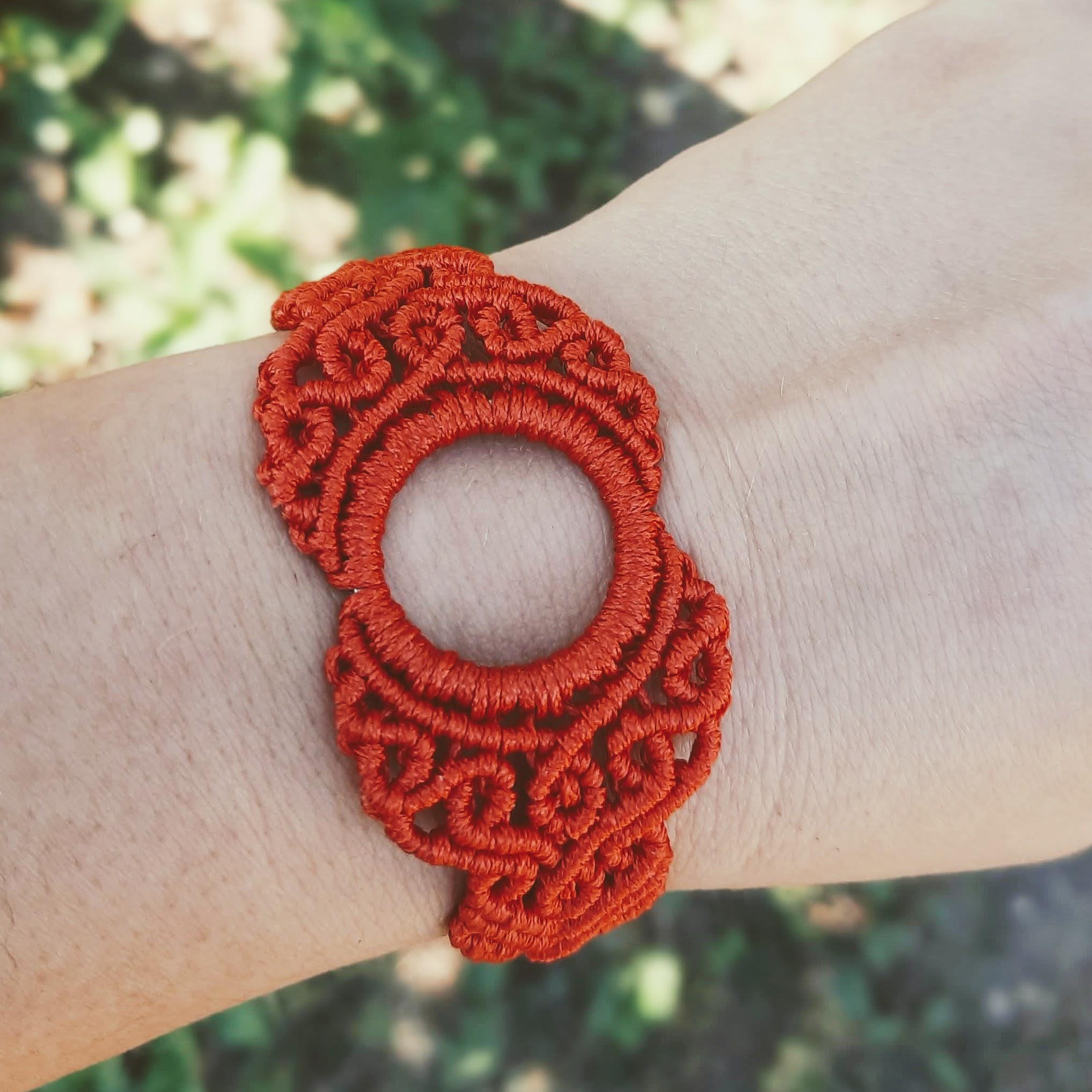 Macrame bracelet 04