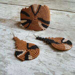 Macrame bracelet and earring